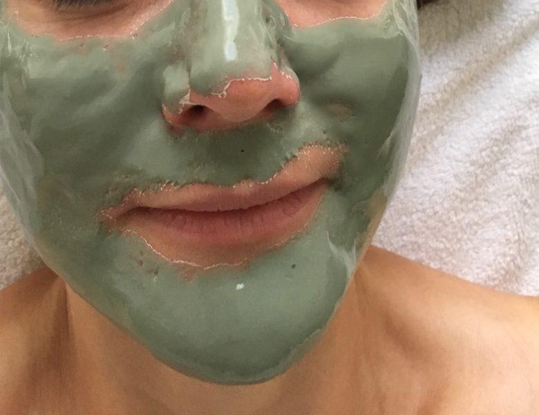 Prendre soin de son visage, quelle routine à adopter ?
