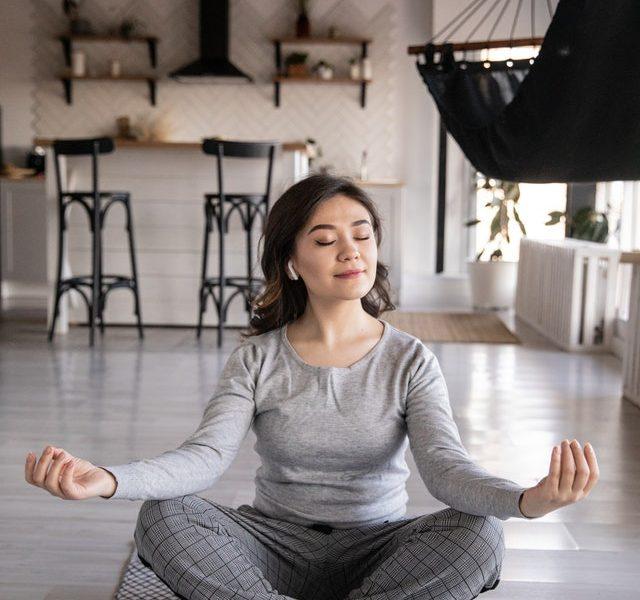 Quels sont les avantages du yoga en ligne ?