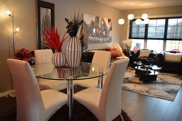 Faire confiance à un agent de décoration pour décorer votre bien immobilier